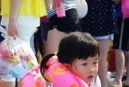 阳光海岸水世界花絮--火辣天也阻止不了妹子与小朋友们